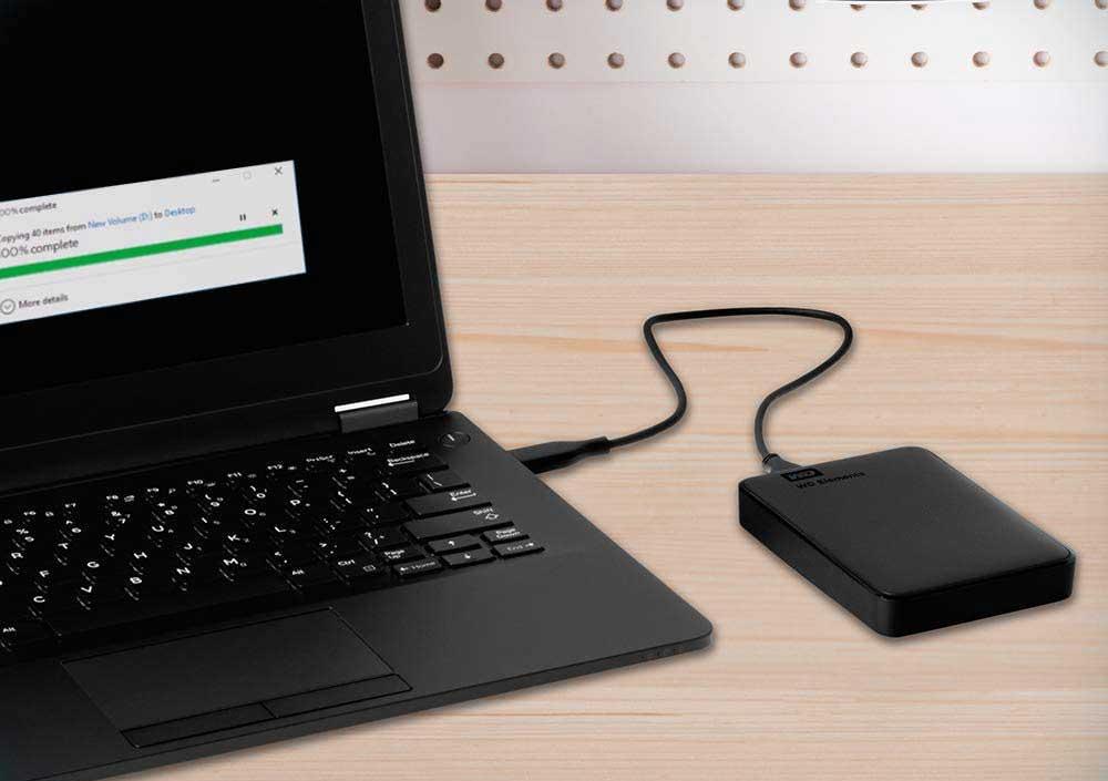 Hard disk esterno in funzione