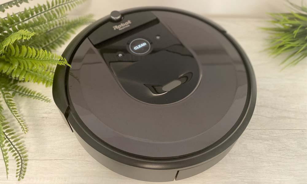 Design del Roomba i7 (i7558)