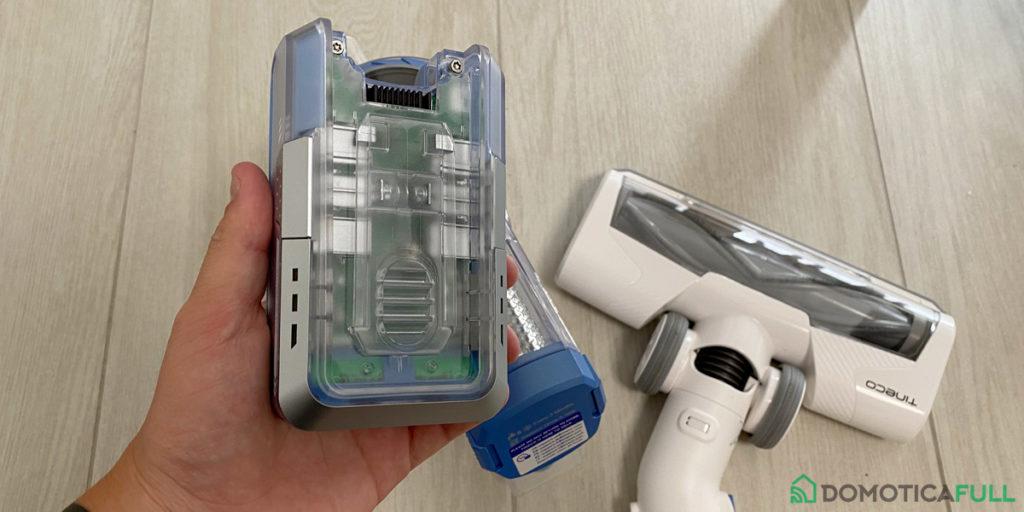 Batteria rimovibile di una scopa elettrica